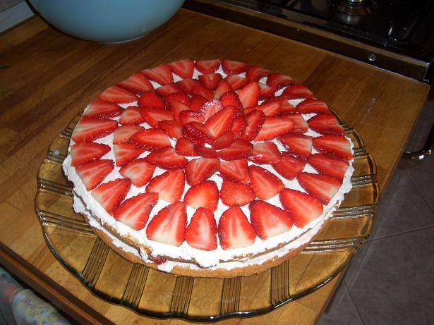 Пирог с клубникой и взбитыми сливками рецепт с